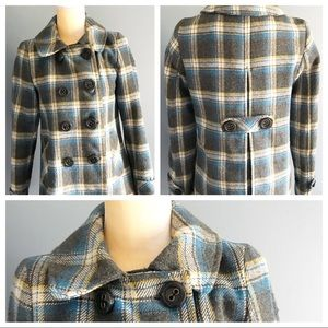 Aeropostale peacoat medium plaid pattern